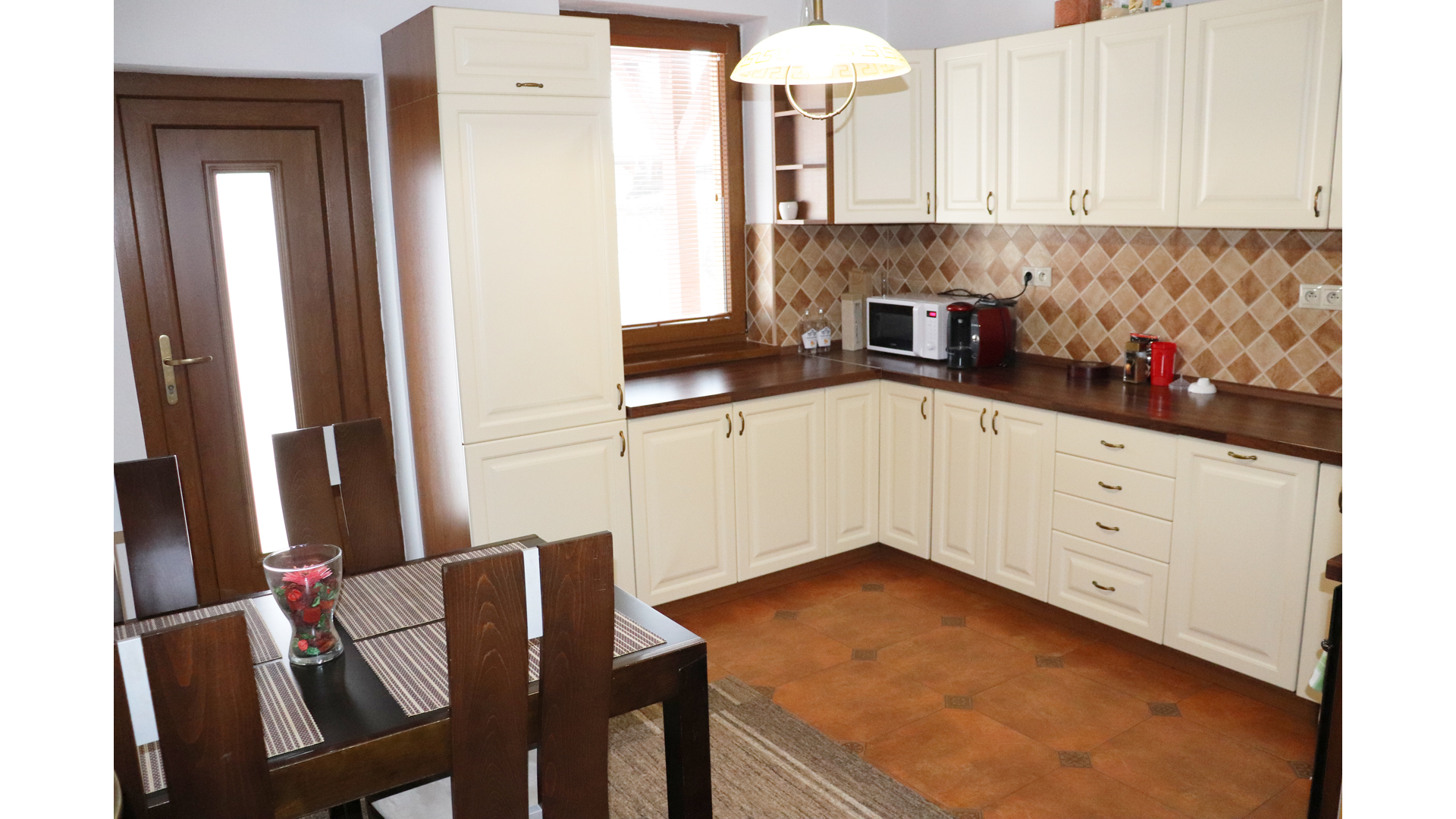 Pekný 4 izbový rodinný dom na predaj v Novej Dedinke