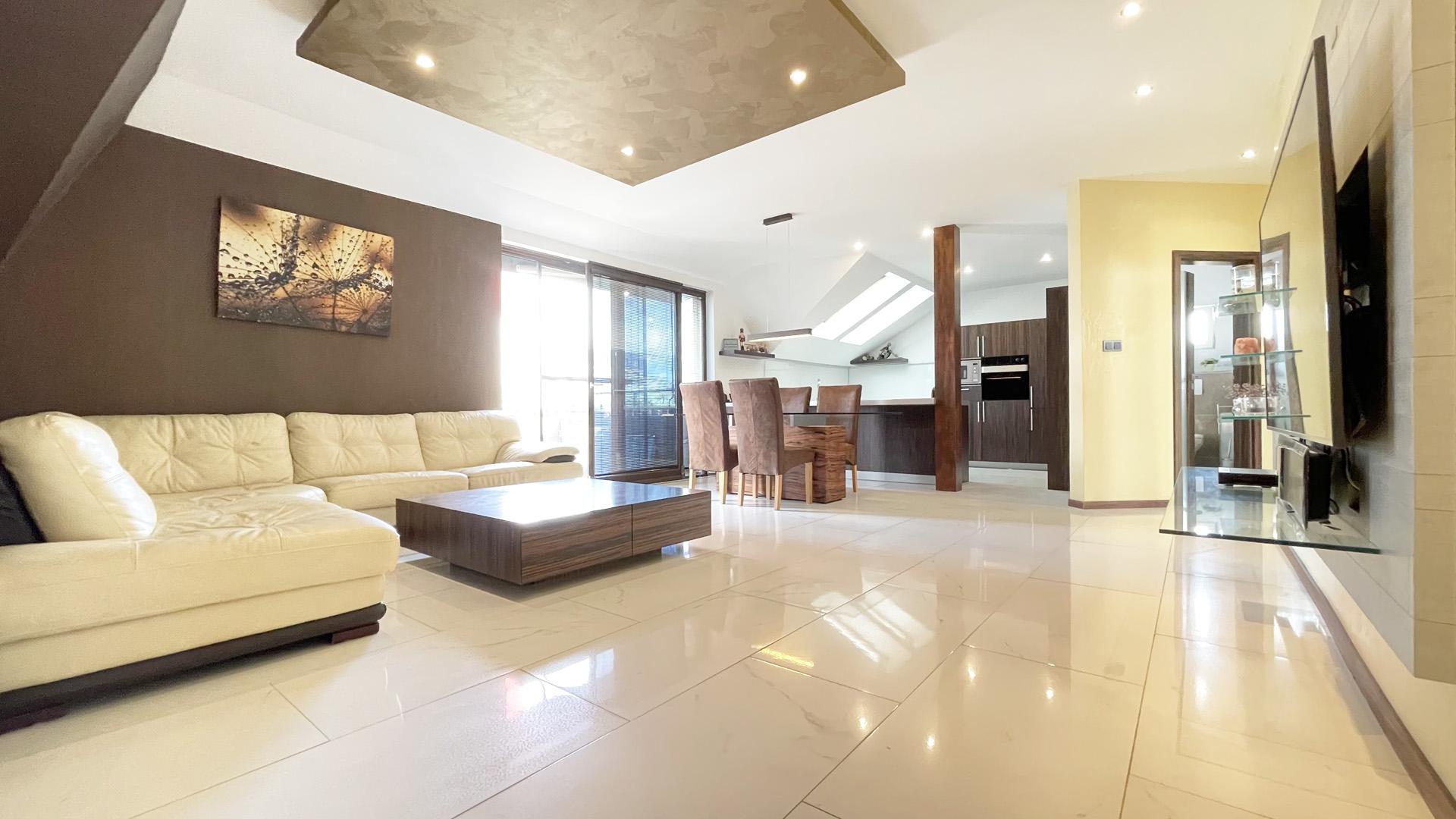 4 izbový byt s veľkou terasou na predaj, Senec, Šafárikova ulica