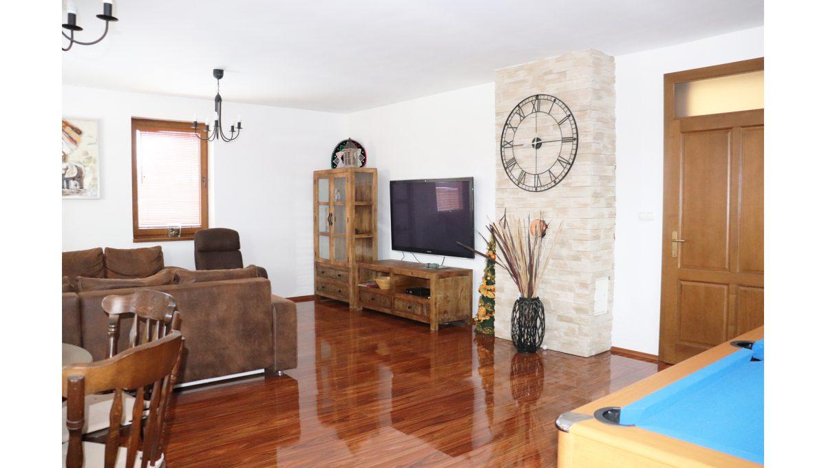 10 Nova Dedinka 4 izbovy rodinny dom na predaj v dobrej lokalite pohad z detskeho kutika na cast obyvacej izby