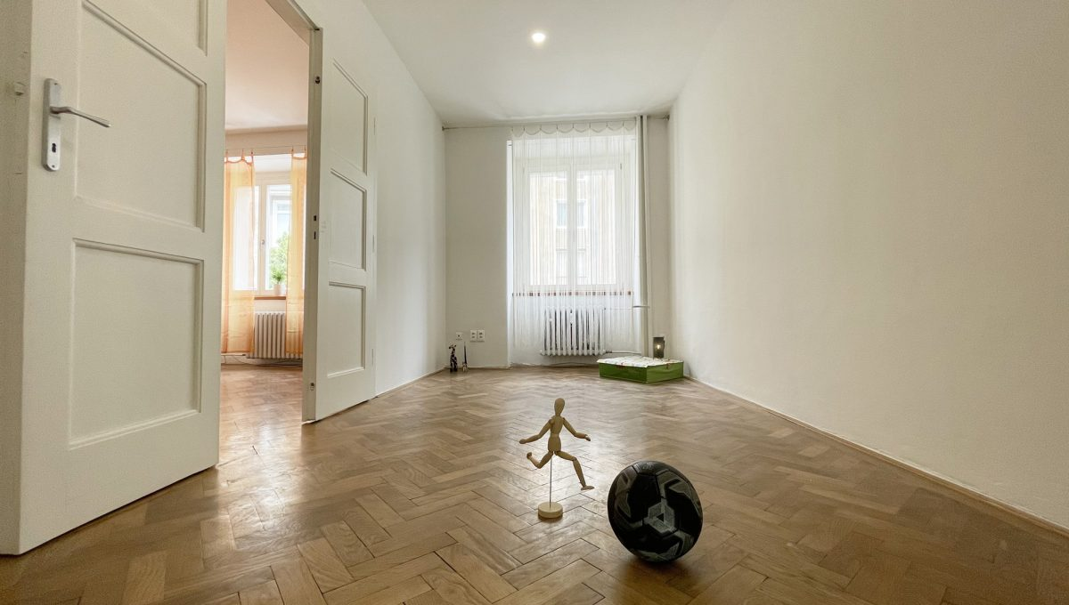 Konfido ponuka na prenajom Povraznicka ulica Bratislava 4 izbovy byt pohlad od dveri na detsku izbu