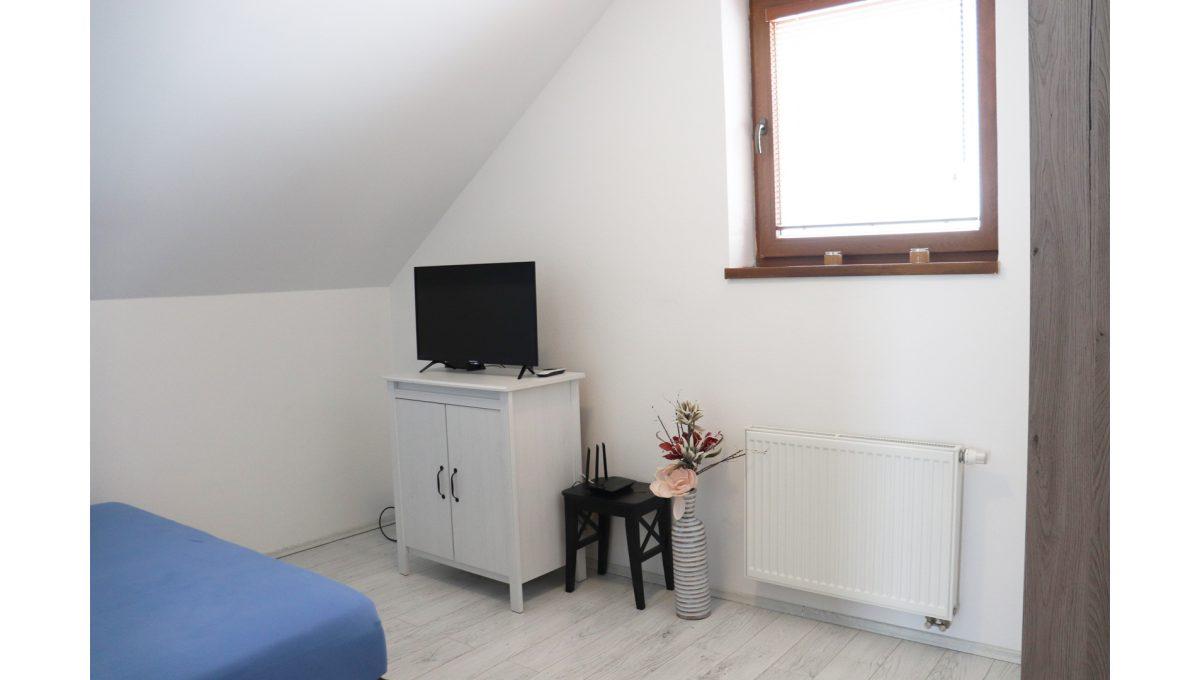 17 Nova Dedinka 4 izbovy rodinny dom na predaj v dobrej lokalite pohad mensiu izbu na poschodi