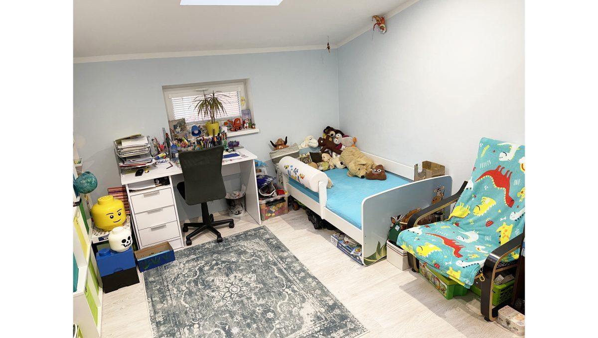 Konfido Nova Dedinka 7 izbovy rodinny dom dvojgeneracny pohlad na detsku izbu podkrovneho bytu