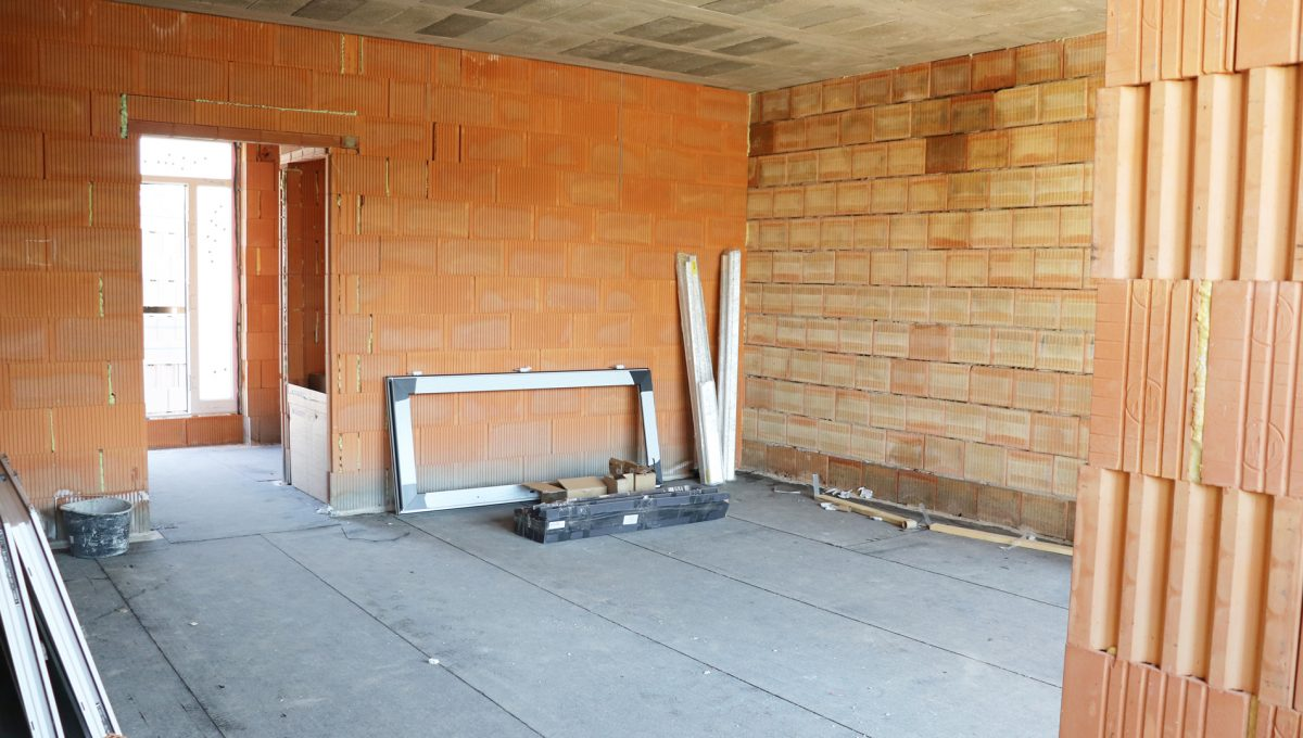 Bernolakovo 11 Konfido 5 izbovy rodinny dom na predaj pohlad z kuchyne na obyvaciu izbu so vstupnou chodbou