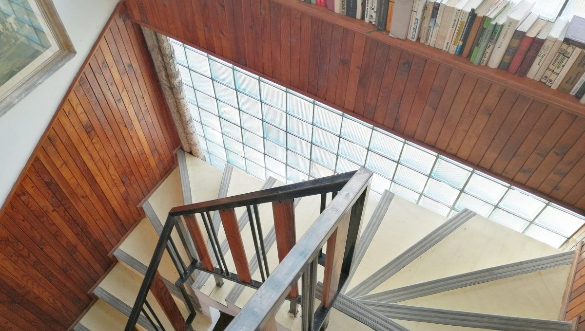 Patince 15 vnutorne schodisko ubytovne s osmimi izbami