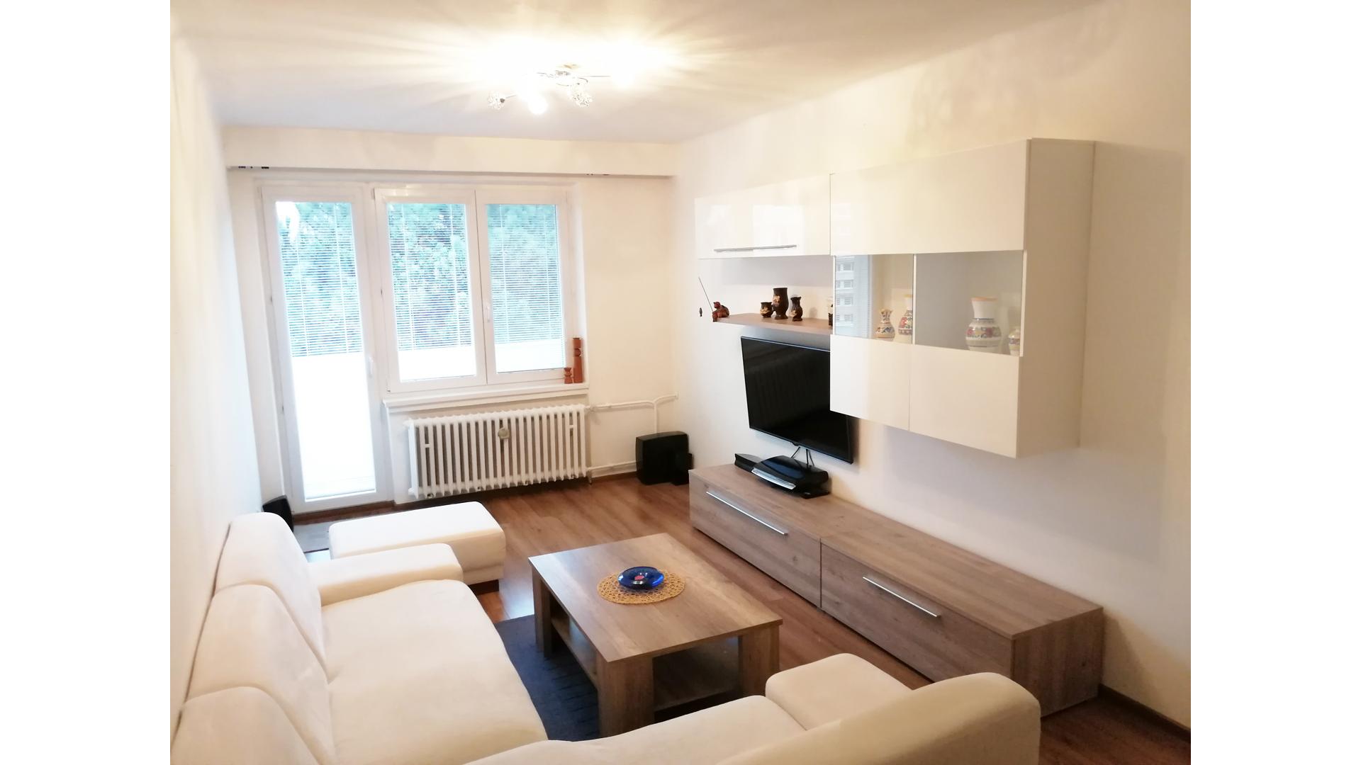 3 izbový byt s balkónom, Bratislava Ružinov – PRENAJATÉ