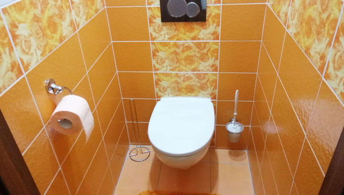 Senec 14 Namestie 3 izbovy byt na prenajom samostatna toaleta
