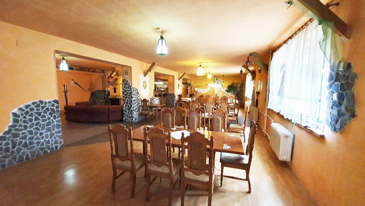Turany 03 hotel penzion ubytovna s certifikovanou strelnicou pohlad na restauraciu a jej interier